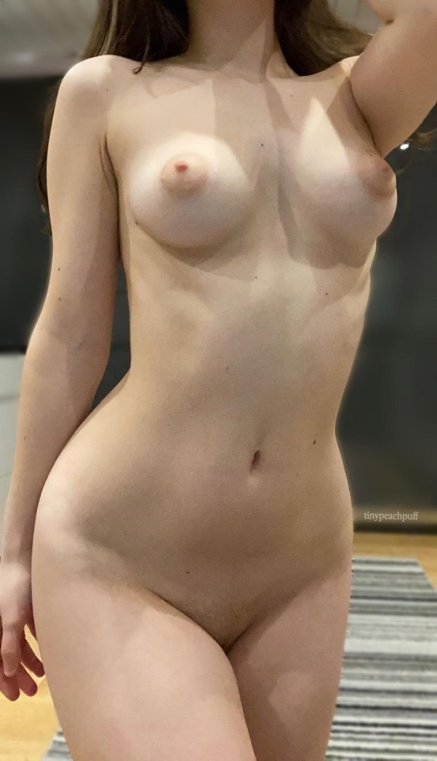Kianna Dior, Mature Busty Asian Mom Gags On Huge Cock photo 3