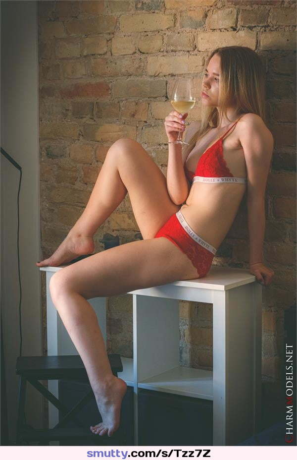 Mal, De have Serbia, sex elegant older from to Coco with men. An girl prefers photo 2