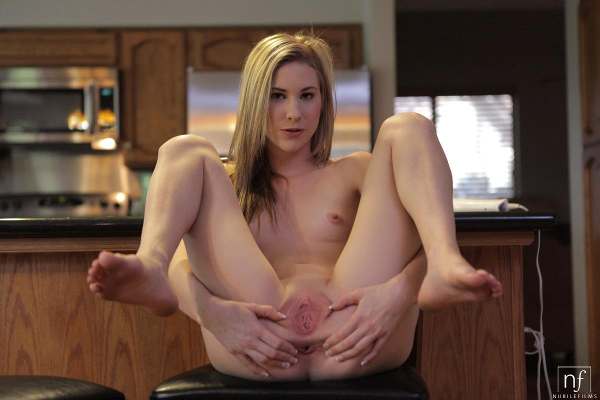 BBC Makes White Mom Veronica Avluv Cum Very Hard photo 3