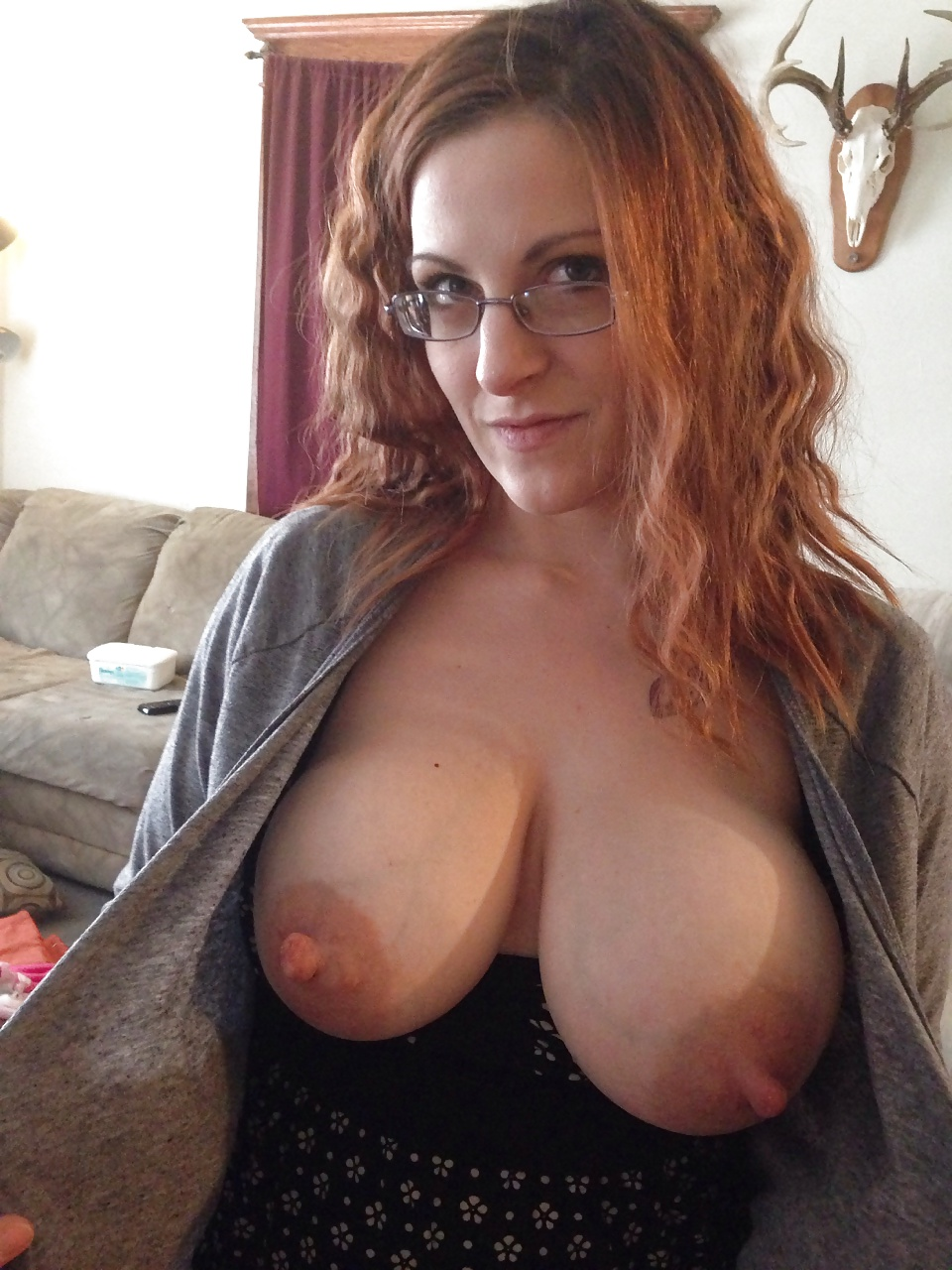 Superb Kendra Star shows off her huge breasts and rides a big dick photo 3